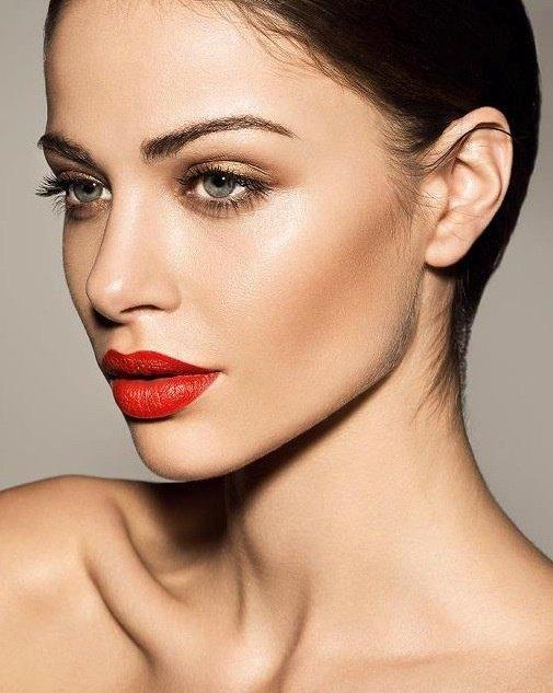 модный макияж лето 2016 - красная помада