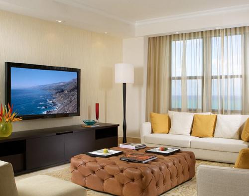 как выбрать телевизор для гостиной