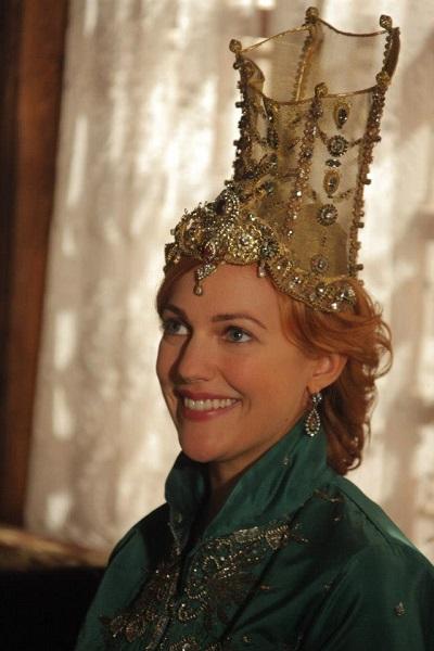 высокая корона для хюррем, драгоценности великолепный век