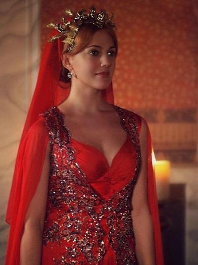красное платье хюррем султан