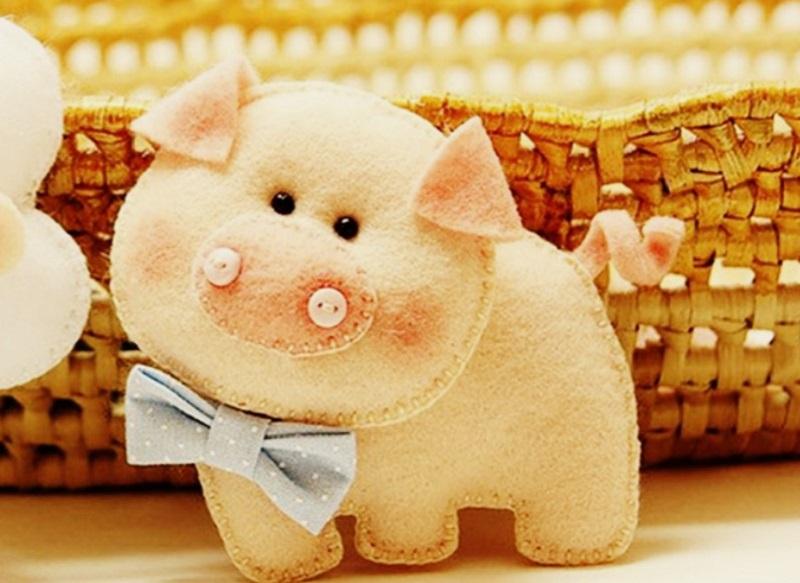 желтая свинья, сувенир символ 2019 года в подарок на праздник