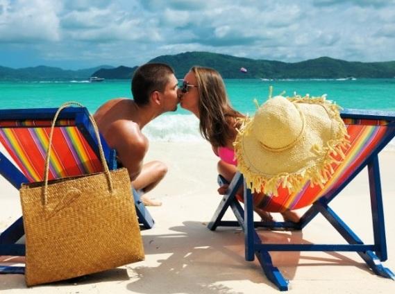 первый-отпуск-пары-как-себя-вести