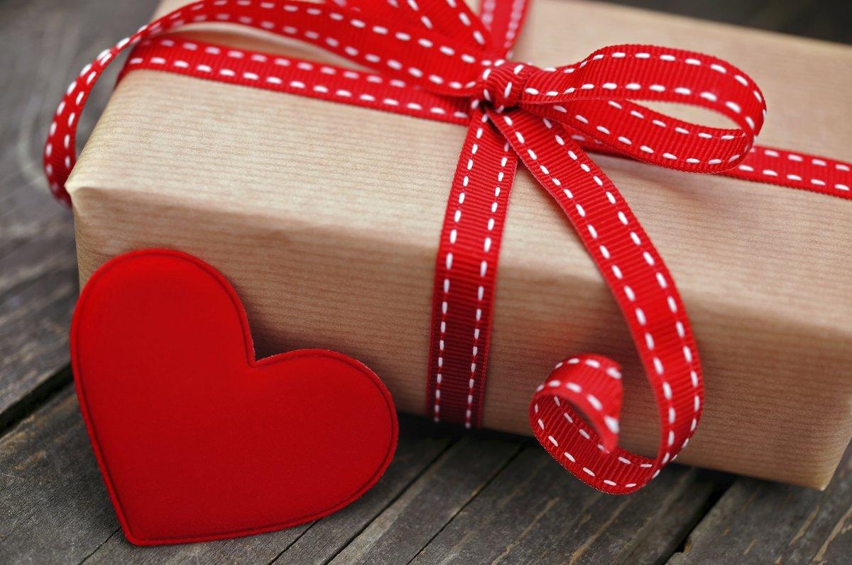 5 идей подарков на 14 февраля, день всех влюбленных
