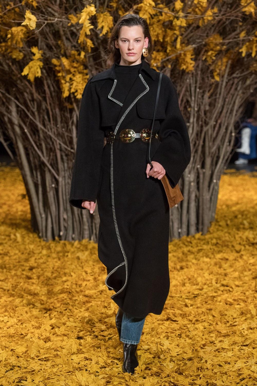 модные образы осени - фото с подиумов