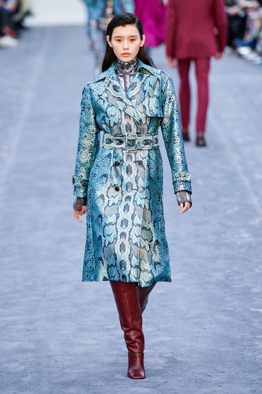 обзор модной коллекции Roberto Cavalli осень-зима 2019-2020, принт под питона