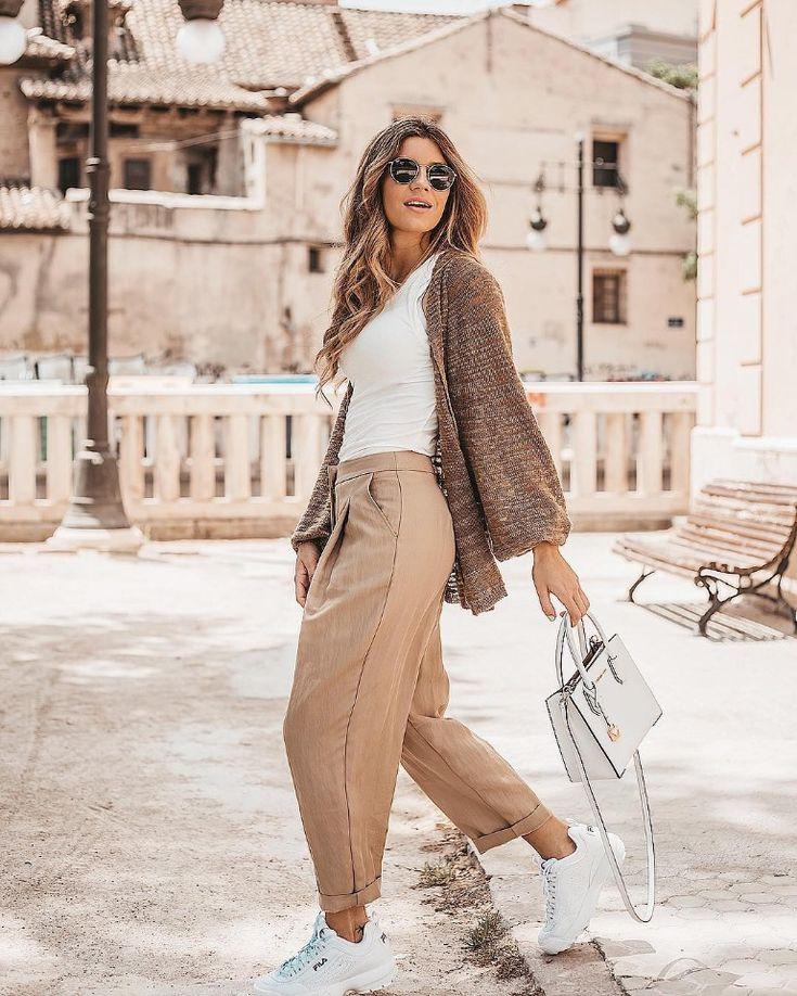 модный образ в пудровых тонах, бежевый цвет, мода 2020